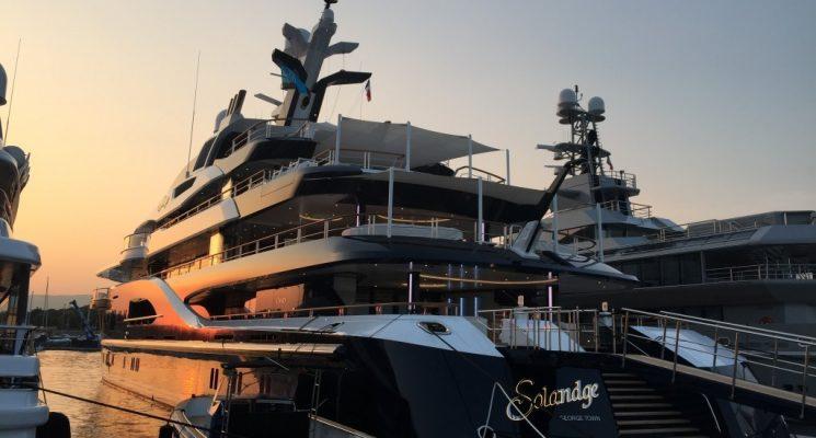Яхту-призера Monaco Yacht Show собирается приобрести Сулейман Керимов